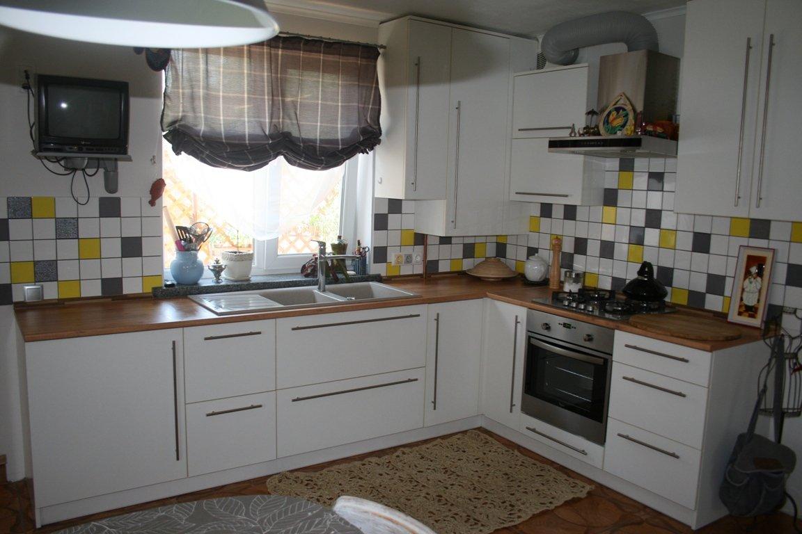 угловые кухни хабаровск фото интерьеров