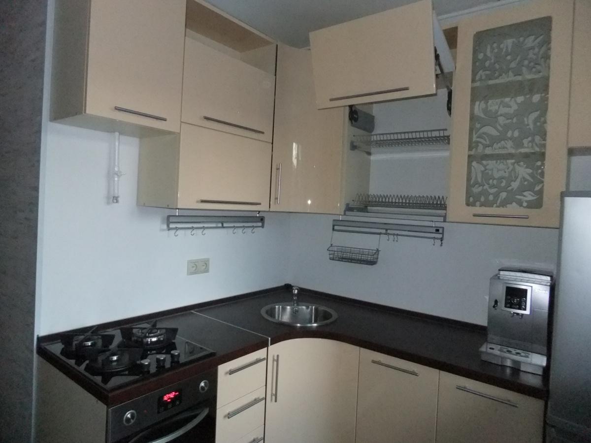 угловые кухни, дизайн фото