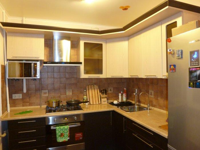 угловые кухни, дизайн фото хабаровск фото интерьеров