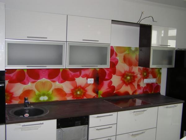 кухни разные цвета